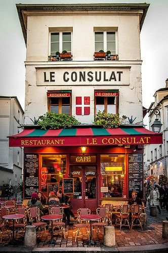 Le Consulat, Paris... THIS is the sort of thing I want to do while traveling... it's cute and kind of known but it is more in the natural culture of the area!
