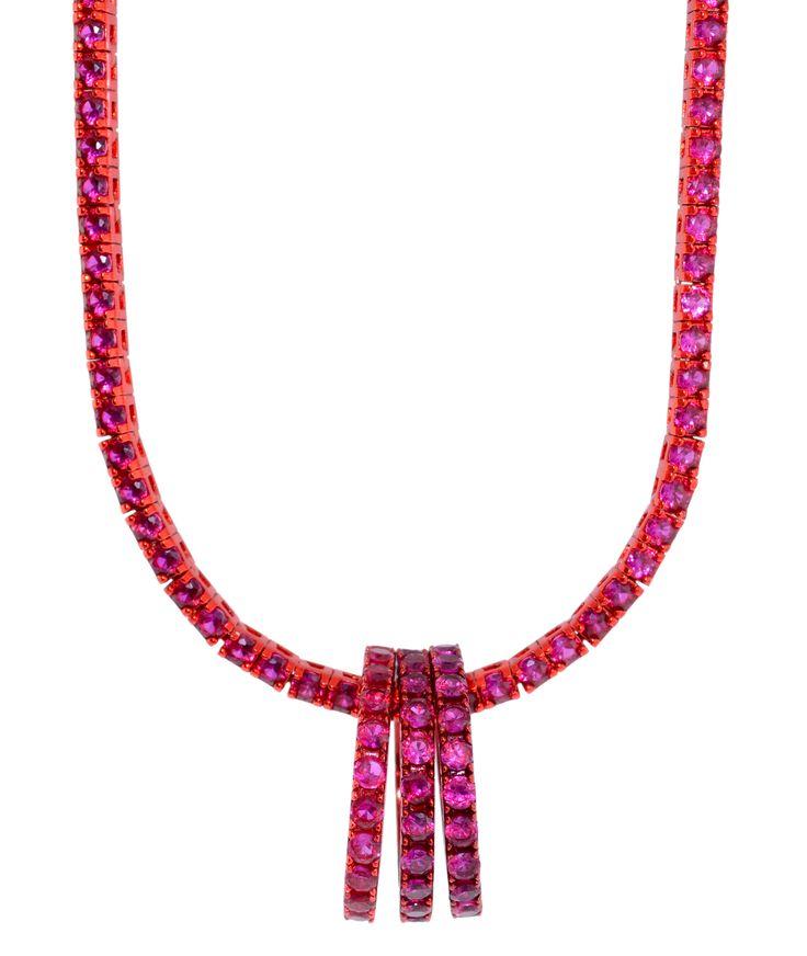 collana e anelli rosso rubino