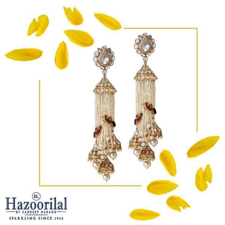 An enticing weave of pearls and polki to adorn your ears.  #HazoorilalBySandeepNarang #SummerFun #CampaignSummers #BeatTheHeat #PolkiJewellery #Pearls #Hazoorilal