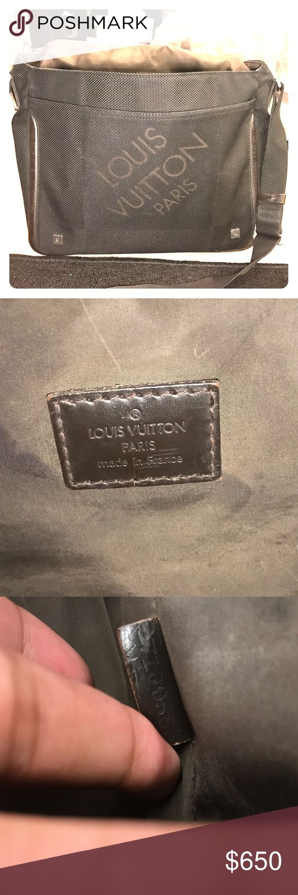 Over shoulder Louis Vuitton messenger bag It's my favorite Louis pattern it's good with text books and amazing quality of work . 100 percent authentic Bags Shoulder Bags