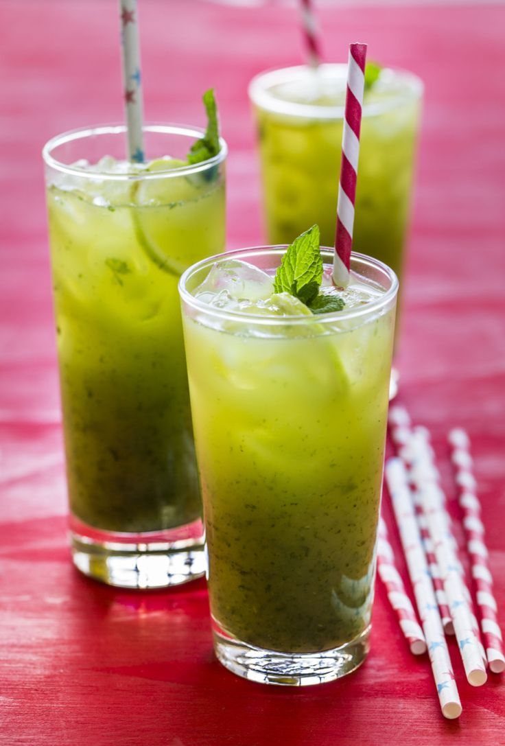 Pineapple Mojitos | Nadia Lim
