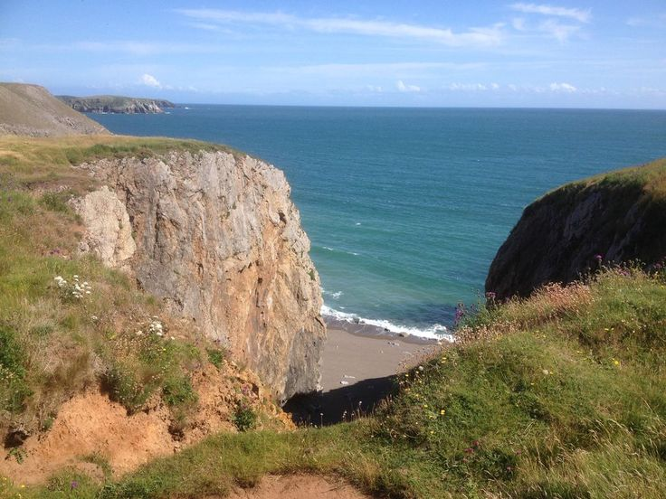 A tiny, family-friendly campsite on the southern Pembrokeshire coast.