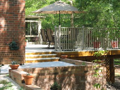 Has anyone worked with aluminum on a deck? Check out these great pics of a beautiful aluminum deck project!