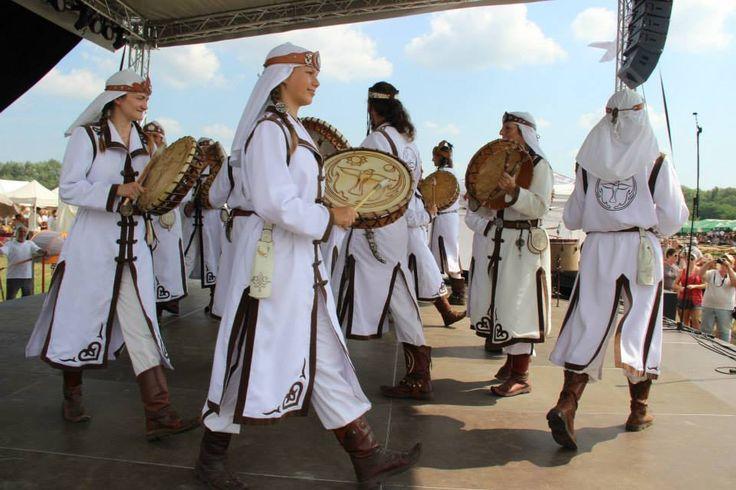 Hun-Magyar shamans