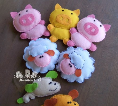 cute felt animals, could put in pockets or use ideas for Noah's ark
