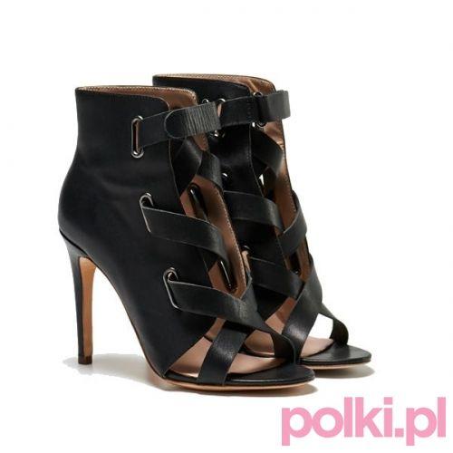 Czarne sandały na obcasie Tallinder, cena