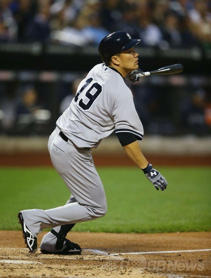 14MLB、ニューヨーク・メッツ(New York Mets)対ニューヨーク・ヤンキース(New York Yankees)。打席に立つニューヨーク・ヤンキースの田中将大(Masahiro Tanaka、2014年5月14日撮影)。(c)AFP/Getty Images/Al Bello ▼15May2014AFP|田中がメジャー初完封で無傷の6勝目、初安打も http://www.afpbb.com/articles/-/3015004 #Masahiro_Tanaka #New_York_Yankees