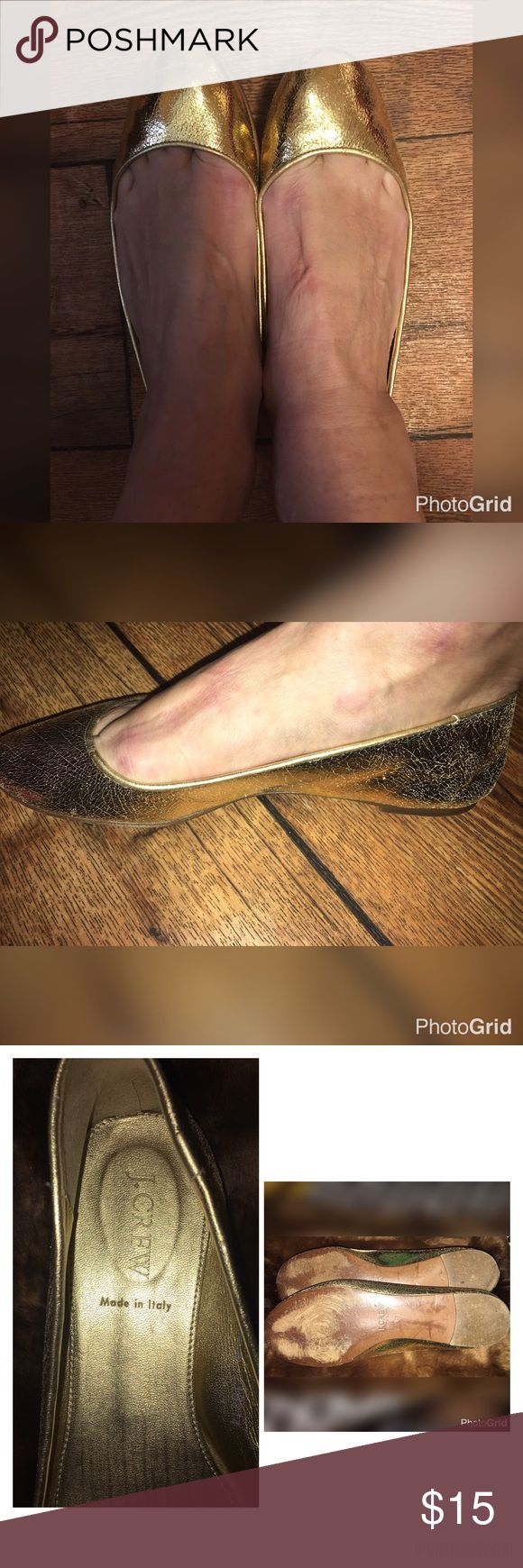 NWOT J CREW GOLD BALLET FLATS SIZE 7❤GORGEOUS THESE ❤J CREW ❤BALLET FLATS ARE A ❤BRILLIANT GOLD ❤AND HAVE A LEATHER SOLE BOTTOM❤THEY ARE A SIZE 7 AND WERE ONLY WORN A FEW TIMES!❤️❤️BEAUTIFUL AND PERFECT FOR A PRETTY DRESS OR PAIR OF JEANS/LEGGINGS❤❤❤ J. Crew Shoes Flats & Loafers