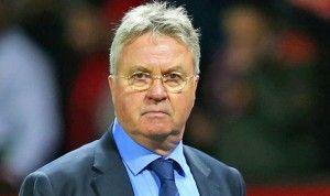 Ray Wilkins Ingin Hiddink Terus Tanagni Chelsea