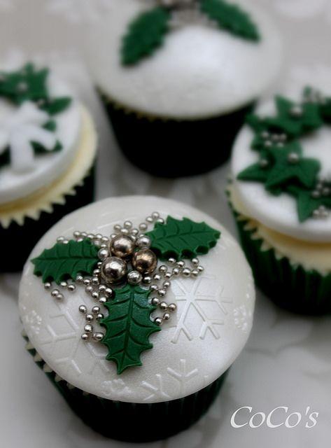 christmas cupcake | Flickr - Photo Sharing!