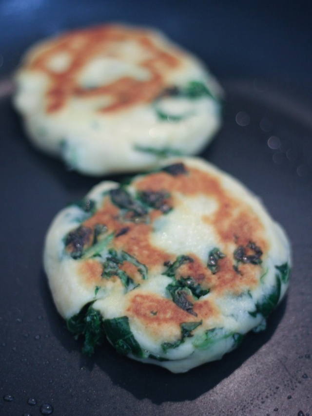 Potato & Kale Cakes | What my workout and diet SHOULD be | Pinterest