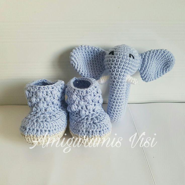 Zapatito y elefante a ganchillo