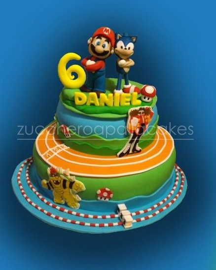 super mario bros and sonic  Cake by ZUCCHEROAPALLACAKES