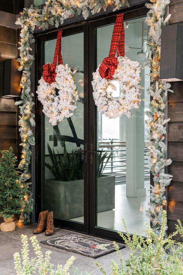 268 Best Christmas Decorating Images On Pinterest | Christmas Deco, White  Decor And Christmas Decor