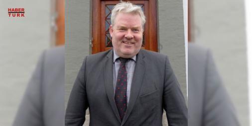 İzlanda Başbakanı istifa etti : İzlanda Başbakanı Sigurdur Ingi Johannsson genel seçimde partisinin oy kaybetmesi üzerine istifa etti  http://www.haberdex.com/dunya/Izlanda-Basbakani-istifa-etti/60734?kaynak=feeds #Dünya   #İzlanda #istifa #etti #Başbakanı #partisi