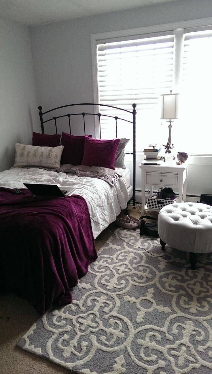 How To Transform Your Bedroom Into The Ultimate Serene Space With Use Of Black And White Color Scheme Decor Around World Burgundy Maroon Room