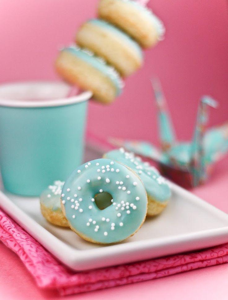 Sprinkle Bakes: Vanilla Bean Baby DoughnutsMinis Donuts, Baking Donuts, Colors, Tiffany Blue, Tiffanyblue, Breakfast At Tiffany, Baking Doughnuts, Doughnuts Recipe, Shower
