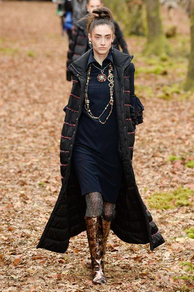 Chanel Fall 2018 Ready-to-Wear Collection