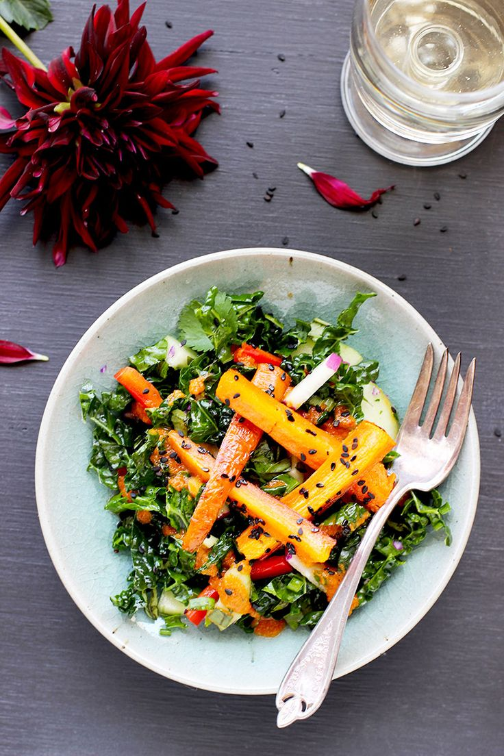 Kale and Roasted Carrot Salad with Roasted Red Pepper ...