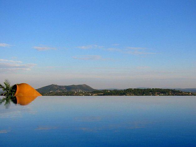 Majorque, Îles baléares   40 sublimes piscines à débordement