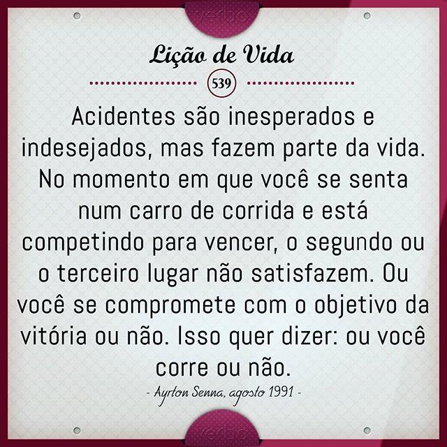 Faça o melhor que puder por você... para quando olhar no passado e puder lembrar que foi tudo feito com muita dedicação, coração e que deixou saudade... #boanoite #quarta #verbo #frio #licaodevida #instagood #like4like #sky #salmos #proverbios #instarisos #instaimagem #instafrases #facebook #mudabrasil #f1 #ayrtonsenna #vencer #brasil #cars #speed
