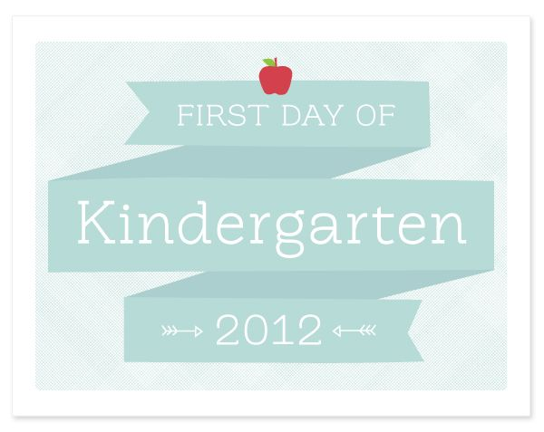 Printable First Day of School Sign | Hellobee
