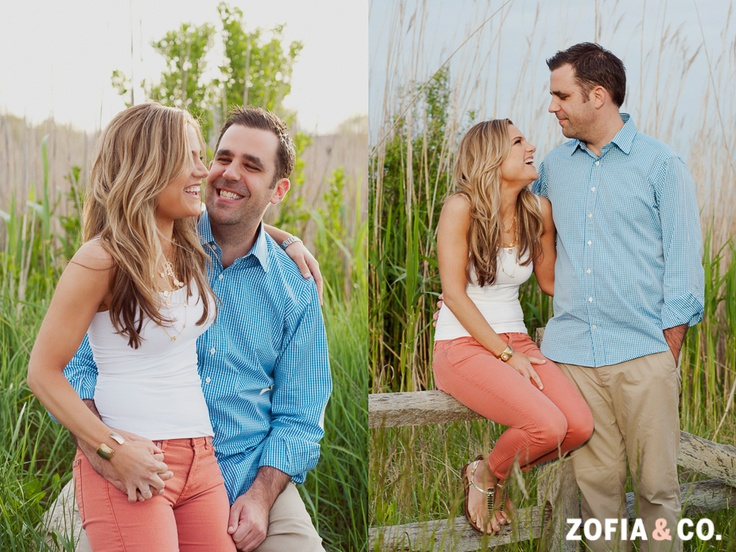 what to wear when taking engagement photos