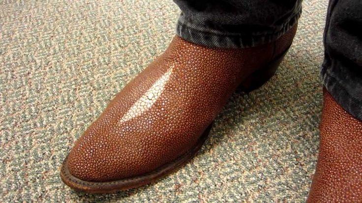Peanut Stingray Boots