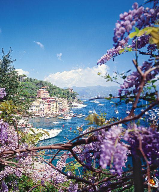 Genoa, Italy Genua in Italien - ist die Hauptstadt der italienischen Region Ligurien. Schöne Aussicht auf die Küste Liguriens