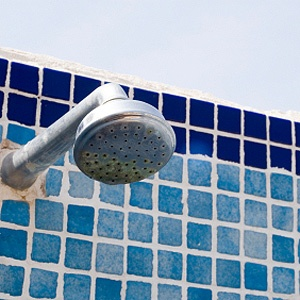 10 best glass shower door cleaning solutions images on for How hard is it to remove wallpaper