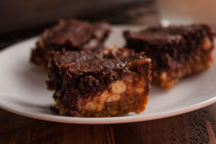 Best 25+ Snicker brownies ideas on Pinterest | Snickers ...