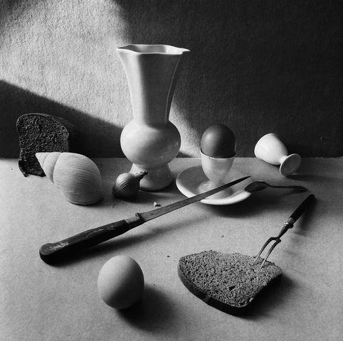 Boris Smelov: Still life with eggs