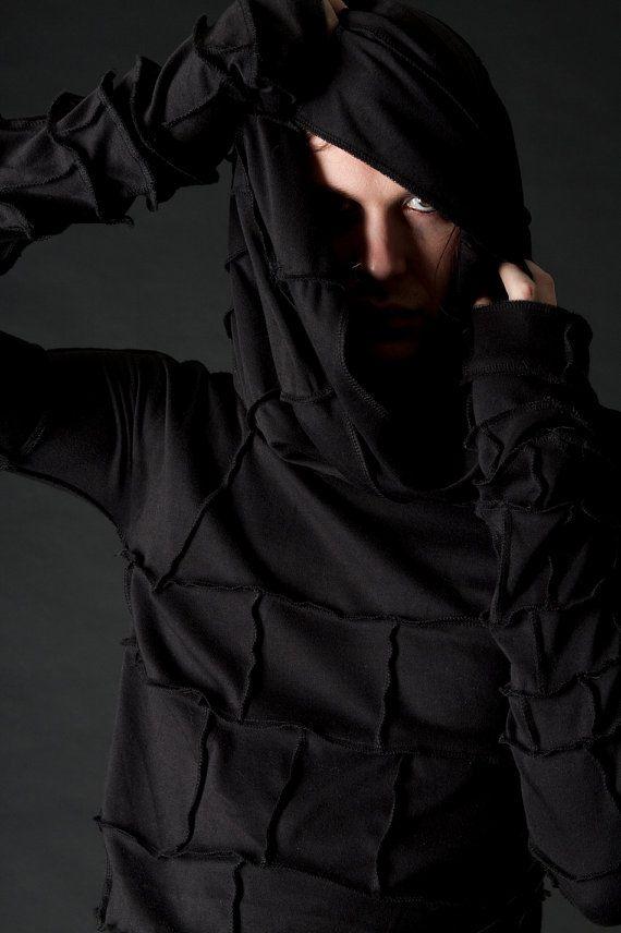 Apokalyptische Leichentuch Kapuzen Langarm Shirt für von wingsofsin, $95.00
