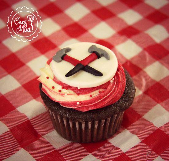 ¡Para los amantes de la buena música Pink Floyd Cupcake!  #Cupcakes #Reposteria #CaliCo #Patisserie #PinkFloyd #Music