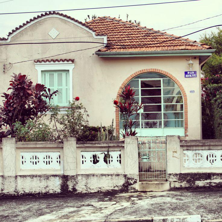 Casa Antiga na Rua Asfaltite – Vila Formosa São Paulo – Brasil   – Casas