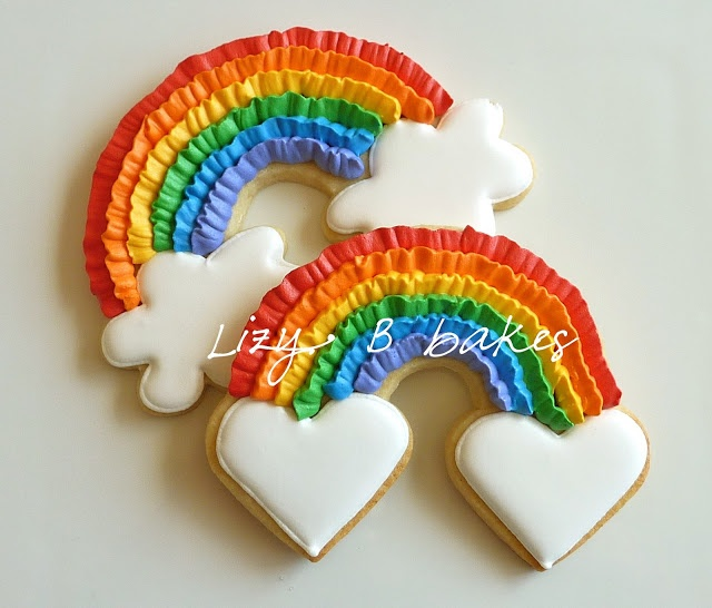 Rainbow Cookie Tutorial ~ love the little heart clouds, too! via Lizy B