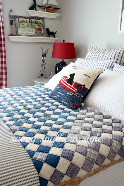 Savvy Southern Style: Where Will It Go?  vintage quilt...Lovely quilt!...