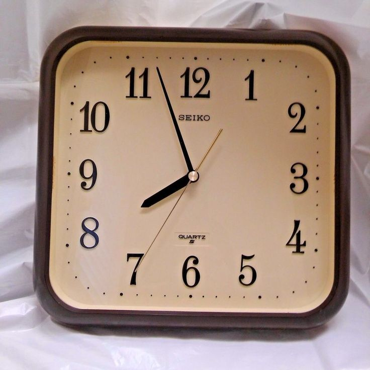 Seiko Quartz Vintage Square Plastic Brown Beige Wall Clock 1980's Made In Japan #Seiko #Traditional