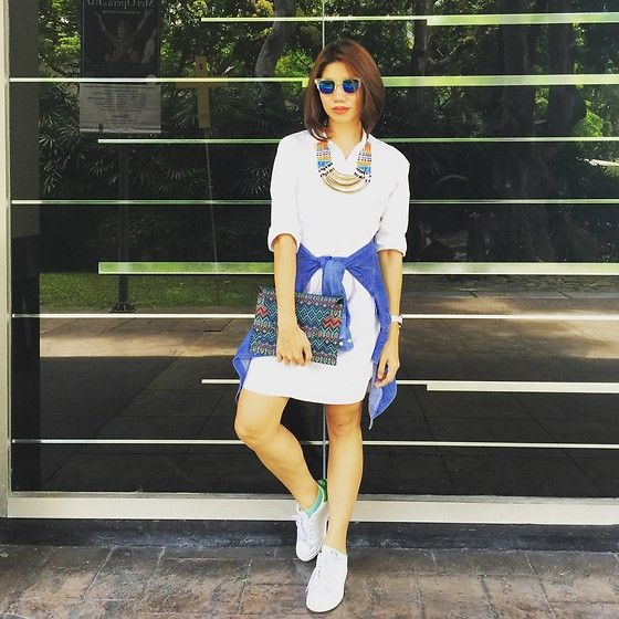 Get this look: http://lb.nu/look/8148909  More looks by Cassey  Cakes: http://lb.nu/ckanne12  Items in this look:  J. Crew Shirtdress, Mango Clutch, Adidas Stan Smith Sneakers   #stansmithsneakers #shirtdress #adidas #whitesneakers #tribalclutch #buttondown #flashlens