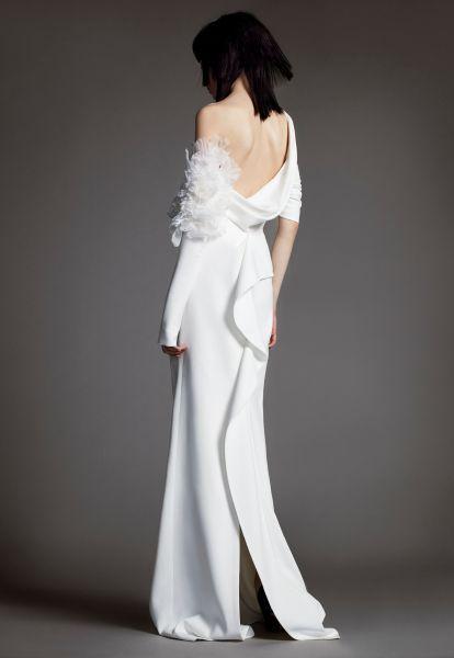 Robes de mariée Vera Wang 2018 : une collection atypique et totalement différente Image: 7
