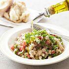 Een heerlijk recept: Witte bonen salade met lente-ui tomaten en kruiden