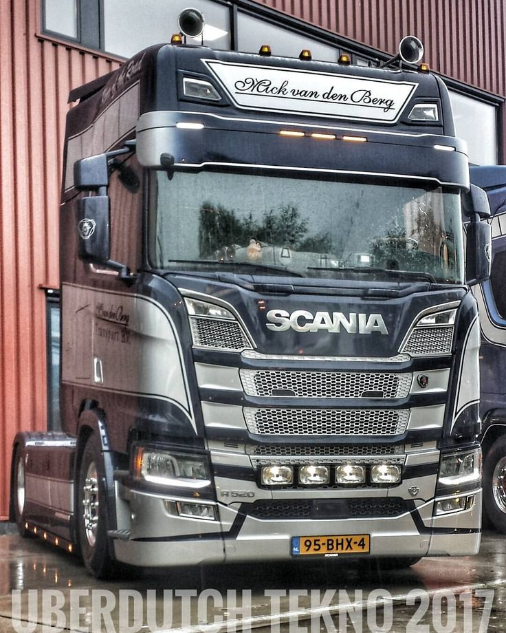 TEKNO 2017#holland#netherlands#truck#trucks#v8#truckporn#wheels#likes#follow#followme#photooftheday#picoftheday#followiflike#trucklove#vrachtwagen#chauffeur#stiholt#waalhaven#rotterdam#mooispul#goinstyle#goingstyle#scania#daf#volvo#man#trucker#sweden#art#style