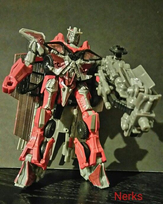 Sentinel Prime DOTM Mechtech class 2, Complete 2010 Hasbro. $30.00 CDN +ship.