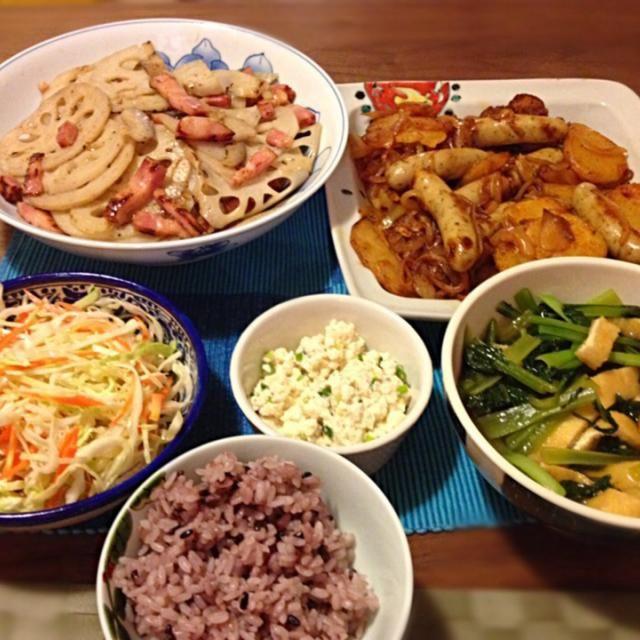 月曜から頑張った…ので明日は手抜き宣言 - 11件のもぐもぐ - ジャーマンポテトパプリカ風味、厚切りベーコンと蓮根の洋風きんぴら、小松菜と油揚げの煮浸し、コールスロー、白和えなど by junya