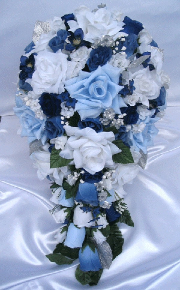 blue and silver wedding bouquet beautiful but doing something a litle simpler but these colors