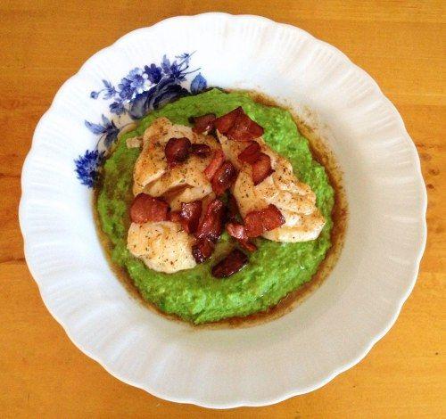 Pannestekt torsk med ertepure, soyasjy