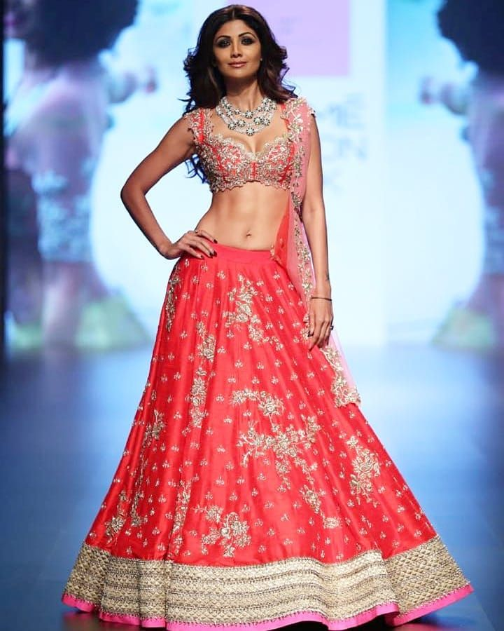 Anushree Reddy Inspiring Story Of The Favorite Designer Of Celebrities Designer Bridal Lehenga Lakme Fashion Week Fashion