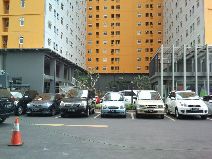 Apartemen Green Pramuka