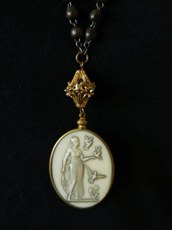 SALE 15% coupon code MARCH15 Vintage Goddess by 58Diamond on Etsy