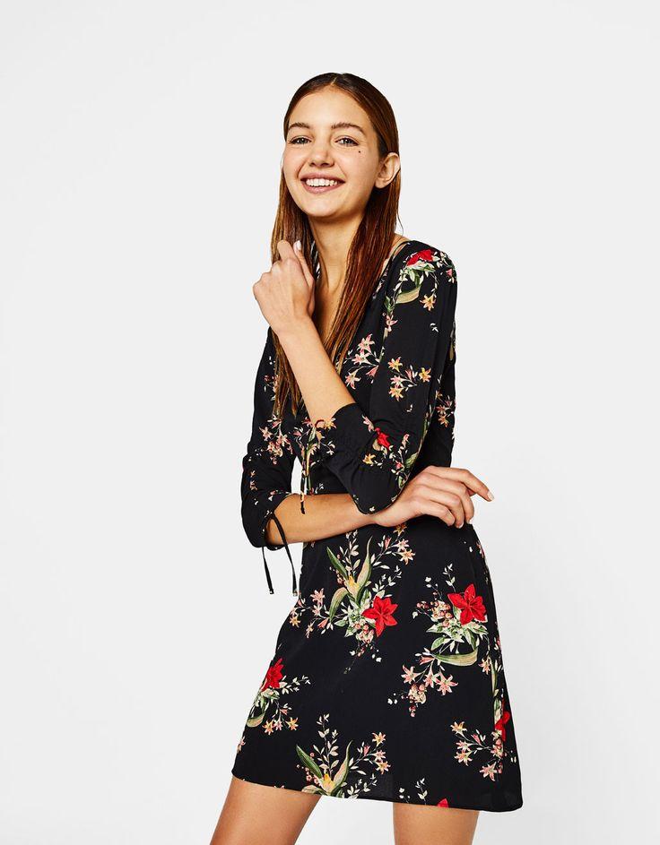 Bershka Portugal - Vestido com estampado de flores
